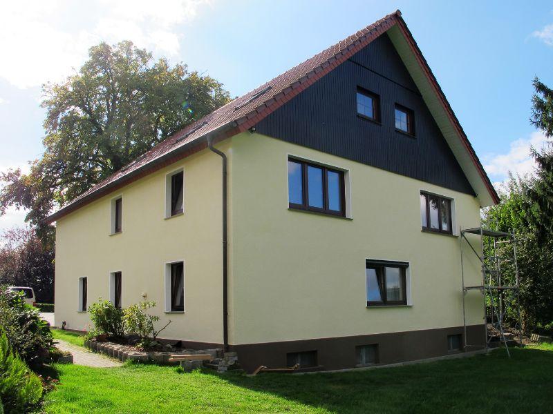Fassade Gelb fassadenanstriche